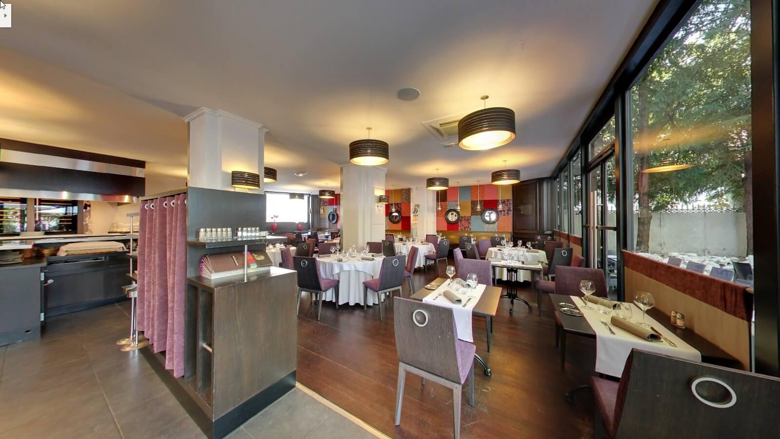 Slide background.   Besançon  Restaurant 1802 8a6fd2718944